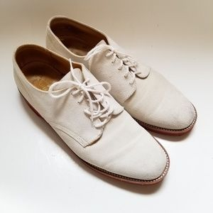 Vintage Austin Reed White Suede laced Shoe